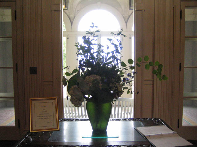 Dianne's front hall arrangement