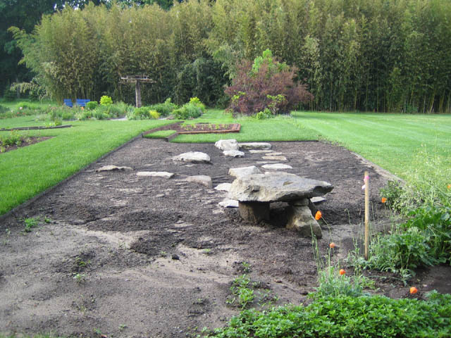 the newest Display Garden bed and mini megalith