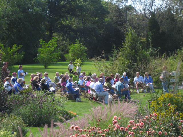 A lecture in the Display Garden, Fall Gardener's Day 2005