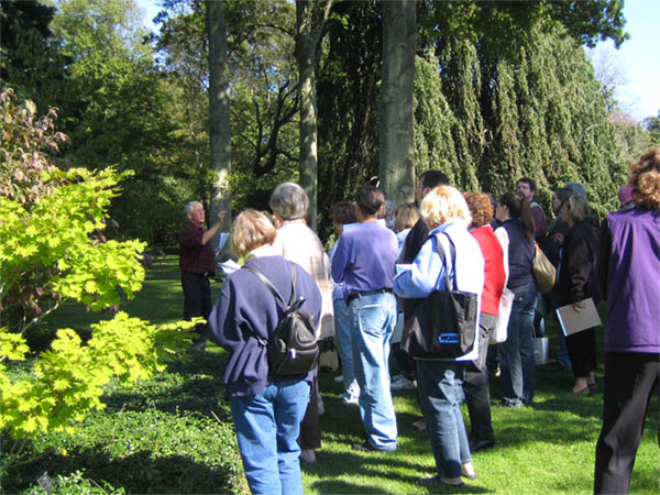 Gary Koller leads a tree walk, Fall Gardener's Day 2006