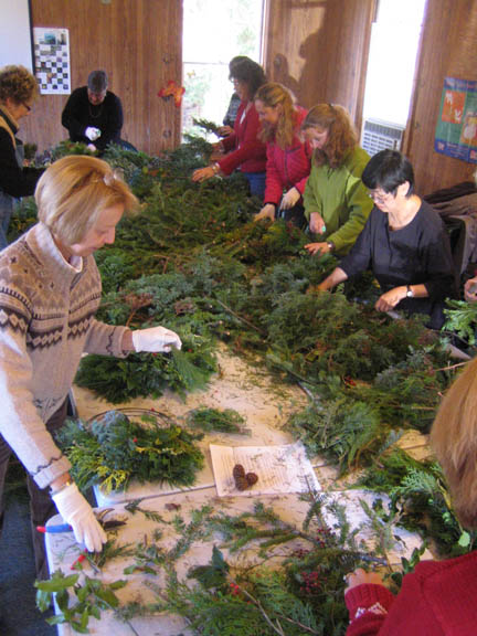 Saturday's wreath class