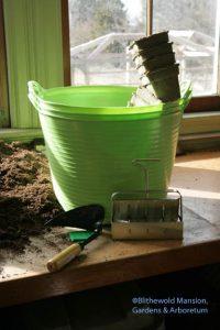 new tools: tubs, pots, soil block maker and a ho-mi digger